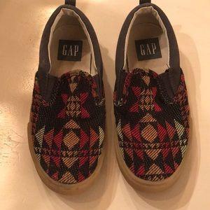 Gap shoes Sz 13